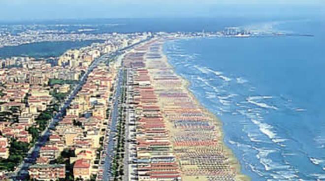 spiaggia-lido-camaiore.jpg