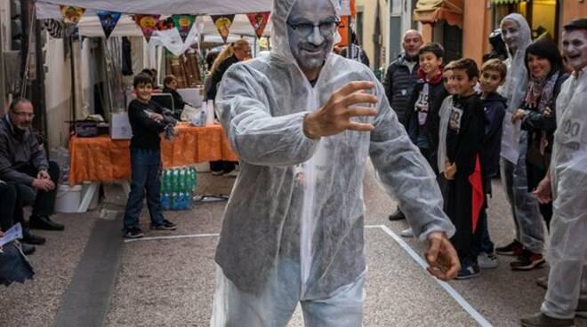 camminata-zombie.jpg