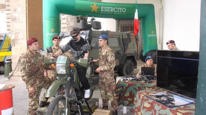 foto_esercito.jpg-001_1.jpg