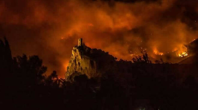 incendio-monte-pisano.jpg