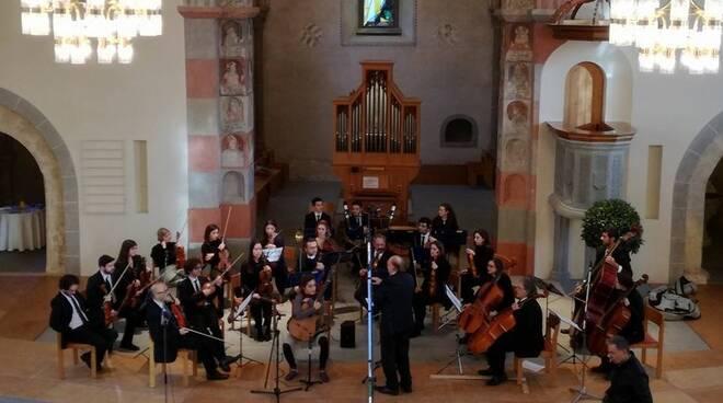Orchestra_Bria.jpg