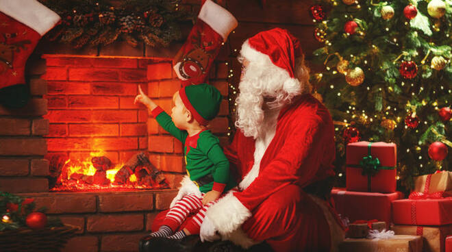 Natale-Albero-e-babbo-natale-864x400_c.jpg