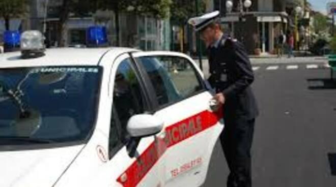 polizia_municipale_forte_dei_marmi.jpg