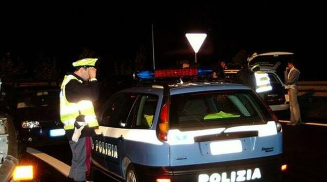 polizia_stradale-notte-2.jpg