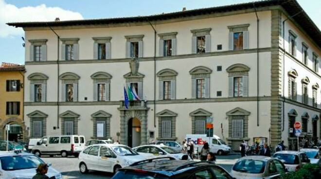 palazzo-sacrati-strozzi.jpg