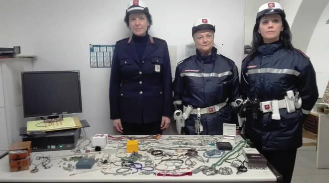 polizia_municipale_recupero_refurtiva_centro.jpg