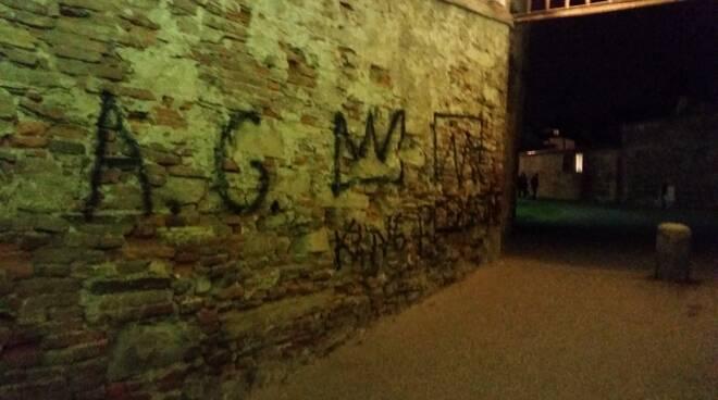 vandalisfre.JPG