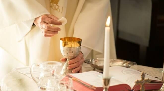 eucharist-09cdde9a39181da12d510814cc45abf8-frontend-templ-c881.jpg