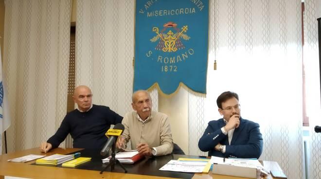 conferenza_Medici_in_piazza_san_romano.jpeg