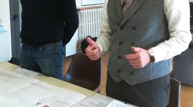 Spinelli_presenta_il_progetto_insieme_allassesore_Sabatini.jpg