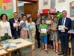 consegna_libri_Rotary_biblioteca_Porcari.jpg