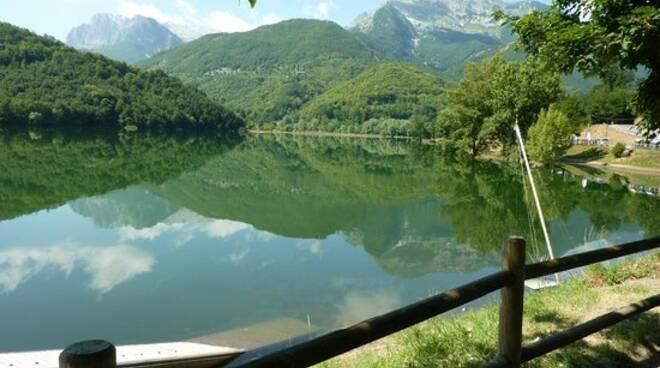 lago-di-gramolazzo.jpg