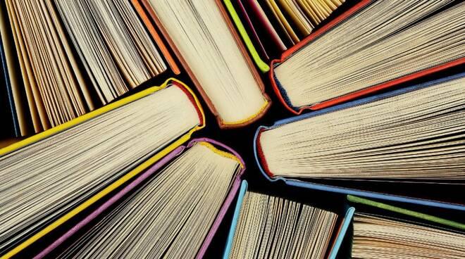Libri--982x540.jpg
