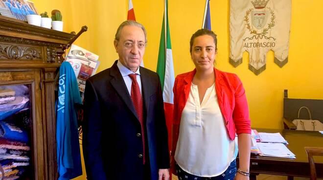 Prefetto_Falco_e_sindaco_DAmbrosio_comune_Altopascio.JPG