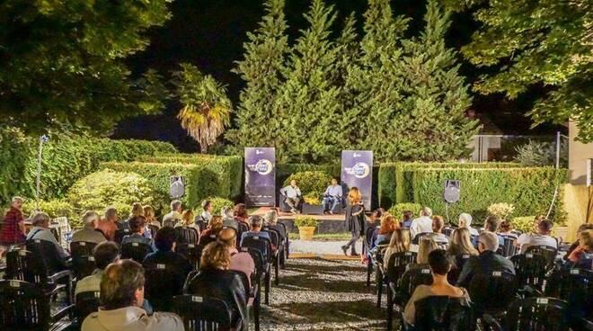 Teatro-di-Verzura-Borgo-a-Mozzano.jpg