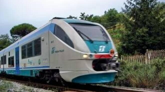 treno-lucca-aulla.jpg