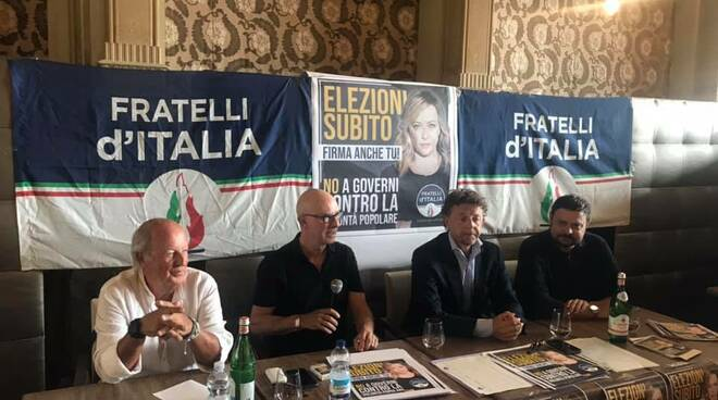 Conf_Stampa_FDI_Viareggio.jpg