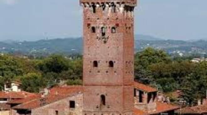 torre_guinigi.jpg
