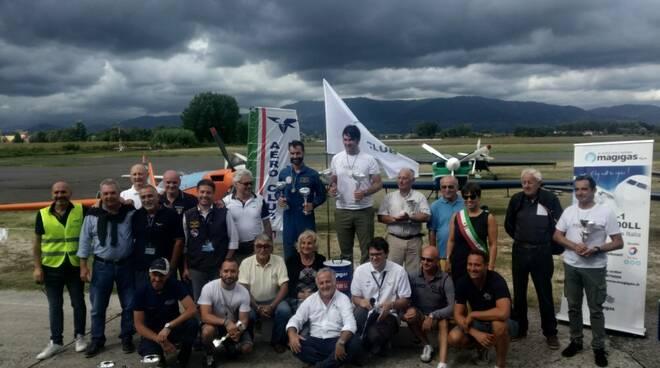 Campionato_acrobazia_aerea_a_motore.jpg