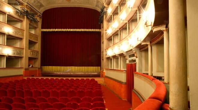 teatro_interno_03.jpg