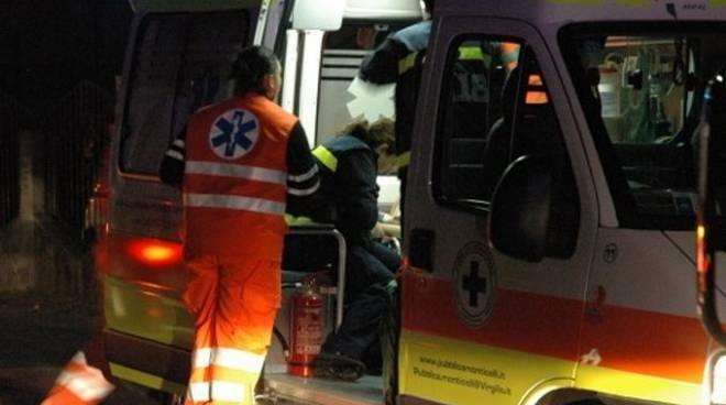 ambulanzanotte_tre.jpg