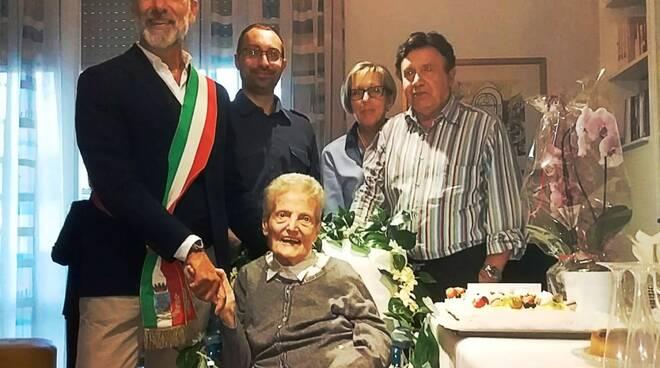anna_manetti_centenaria_adolfo_bellucci.jpg