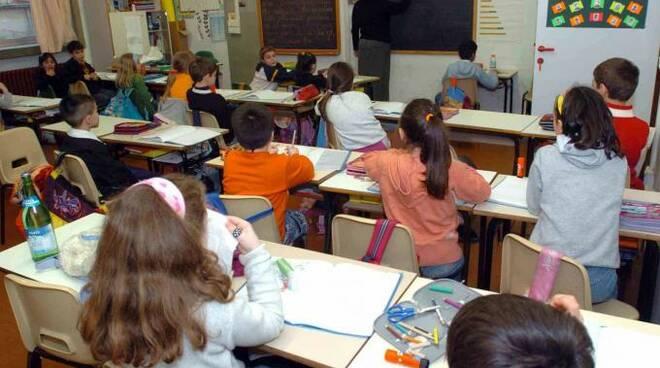 bambini_a_scuola.jpg