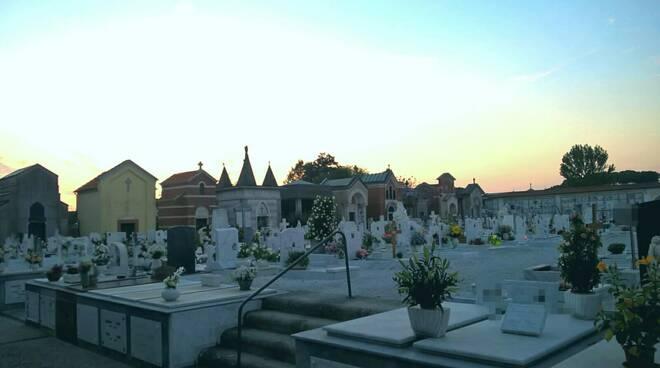 cimitero_comunale.jpg
