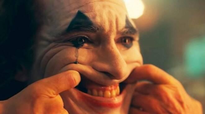 joker-laugh.jpg