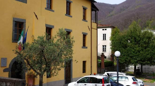 palazzo_comunale_pescaglia_2.jpg