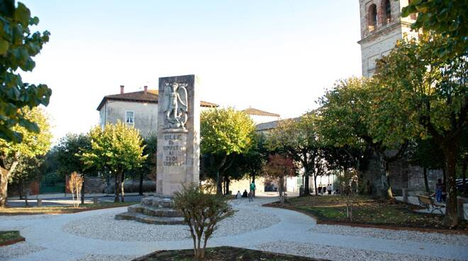 Parco_Rimembranza_Colle_di_Compito__2.jpg