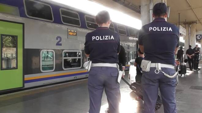 polizia_stazione_pisa.jpg