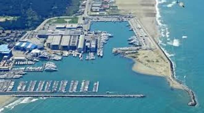 porto_Viareggio.jpeg