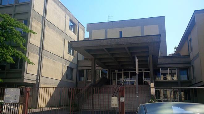 Scuola_Carlo_del_Prete_-_ingresso.jpg