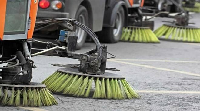 spazzamento-stradel-pulizia-2.jpg