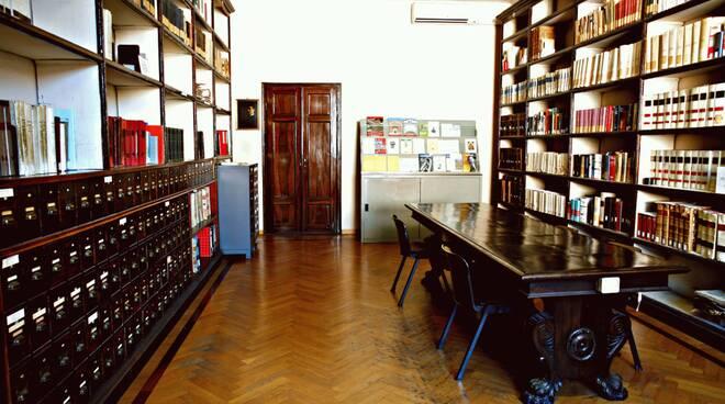 bibliotecastatale_lucca.gif