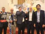 Foto_Coppa_del_Mondo_a_Pietrasanta_con_Sindaco_Giovannetti_1.JPG