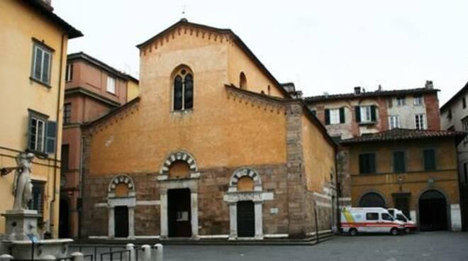 piazzasansalvatore_1.jpg