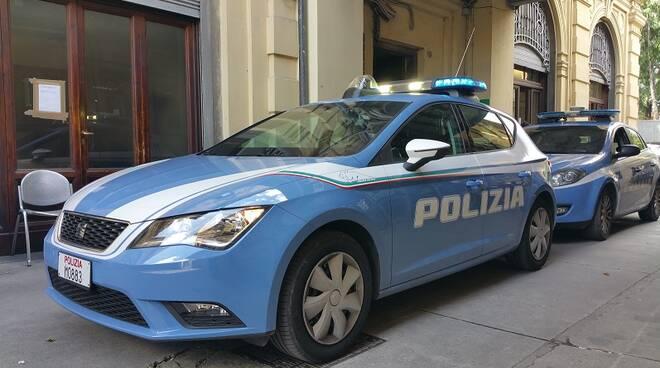poliziavolanti.jpg