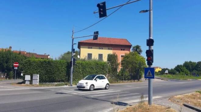 semaforo-via-domenico-chelini_1.jpg