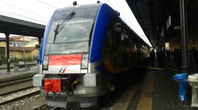 Trenitalia_regionale.JPG