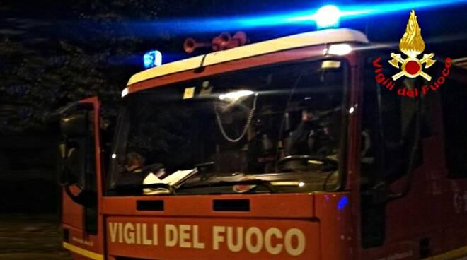 Vigili-del-fuoco-notte.jpg