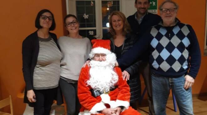 Babbo Natale alla casa famiglia di Santa Margherita