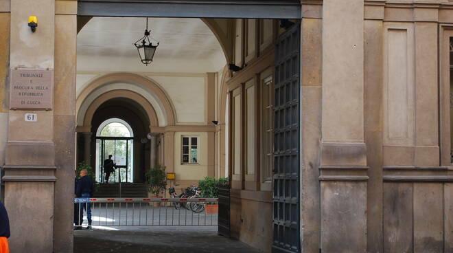 Rinviato a giudizio per diffamazione il consigliere comunale Fabio Barsanti