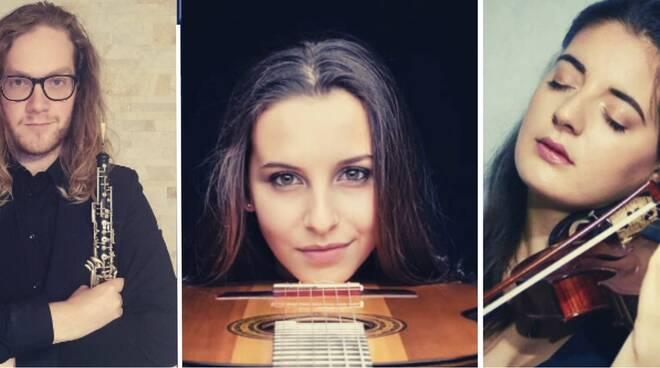Concerto di Natale istituto Boccherini solisti sul palco Lucca