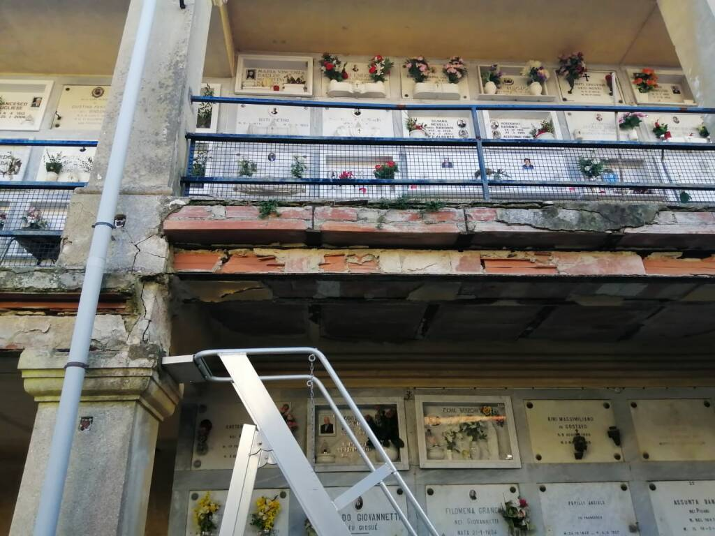 Il cimitero di Santa Maria a Monte nell'abbandono