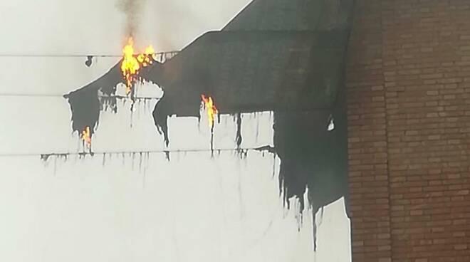 incendio Castelfranco cabina Enel vigili del fuoco