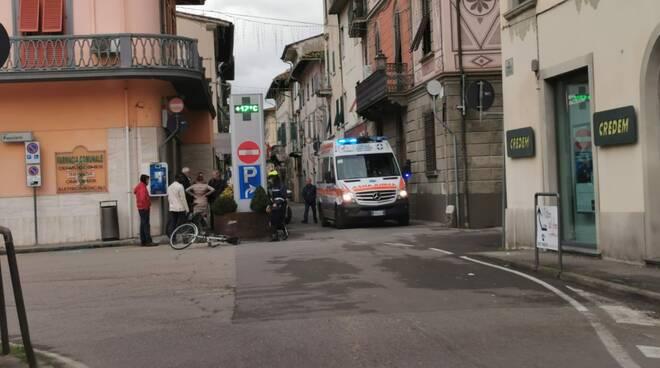 Incidente in bici su corso Mazzini a Santa Croce sull'Arno 17 dicembre 118