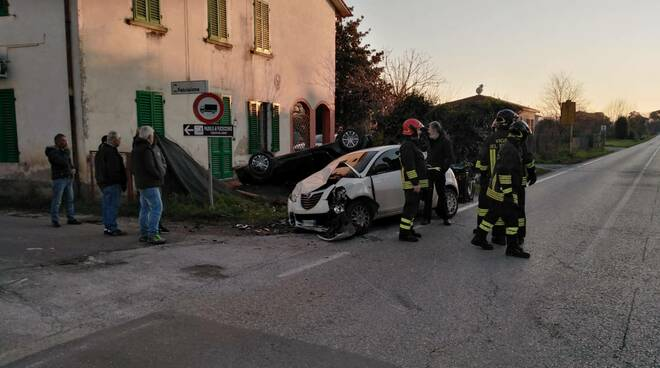 Incidente in via Livornese a Spianate