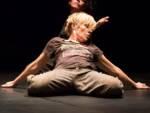 Katie Duck danzatrice improvvisazione teatrale Spam!